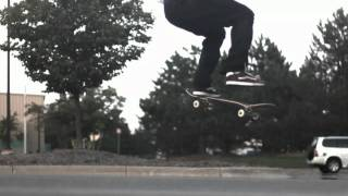 Skateology: Fakie bs heelflip (1000 fps slow motion)