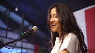 Danilla Riyadi - Senja Di Ambang Pilu ( Live )