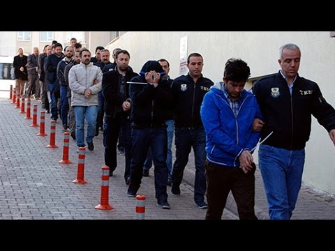 Turkish police detain over 1,000 Fethullah Gulen supporters