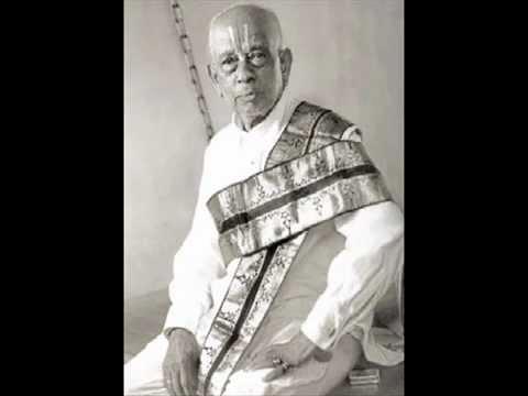 Nadopasakas - 10 - Ariyakudi Ramanuja Iyengar - Palinchu kamakshi - Madhyamavathi