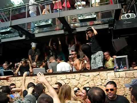 amnesia closing party matinee 2009 @ RICHIE HAWTIN ( Yello - Oh Yeah)