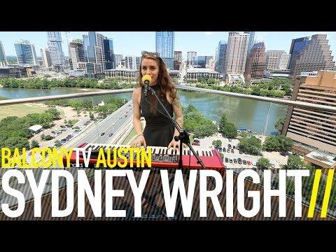 SYDNEY WRIGHT - TIP OF THE HAT (BalconyTV)