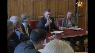 الملك يجري مباحثات في لندن مع رئيس الوزراء ووزير الخارجية