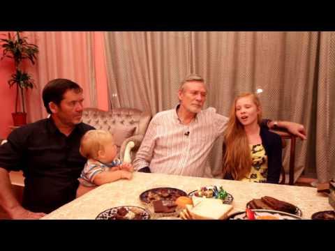 Дочка Александра Михайлова Алина исполняет песню в гостях у Исмагила Шангареева (Шарджа, ОАЭ)