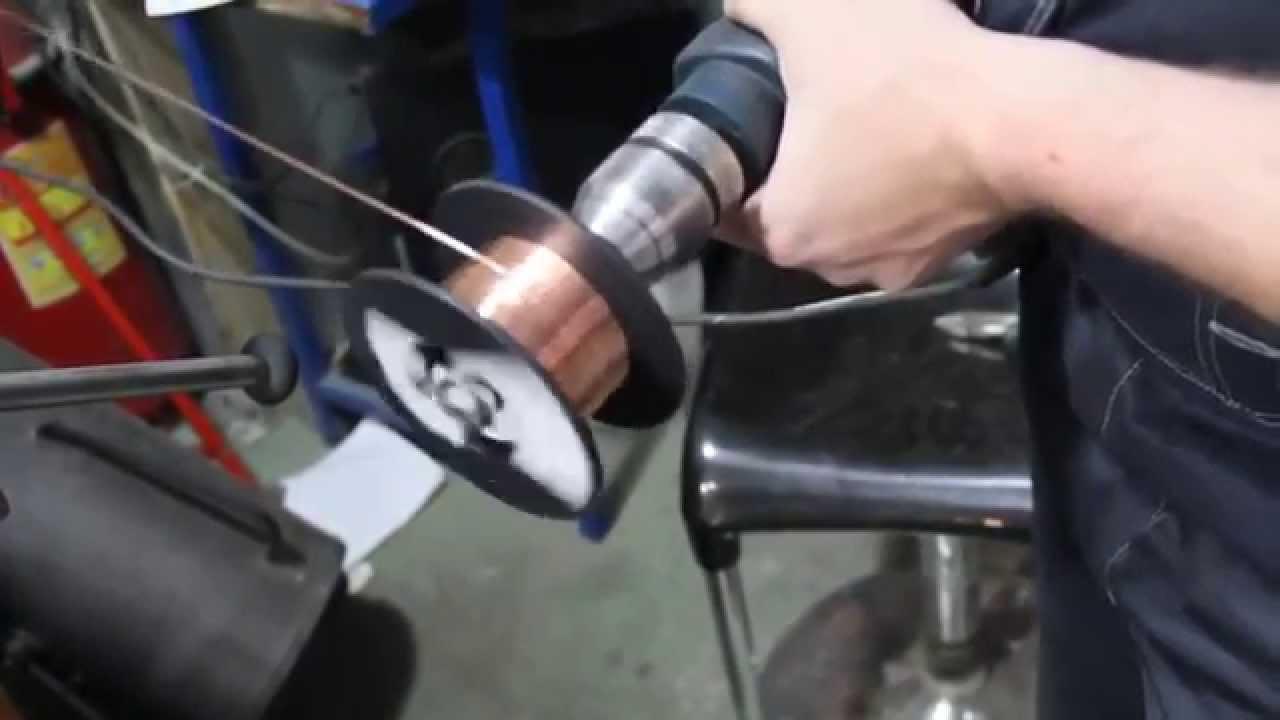 Намотка сварочной порошковой проволоки диаметром 1.2 мм - YouTube
