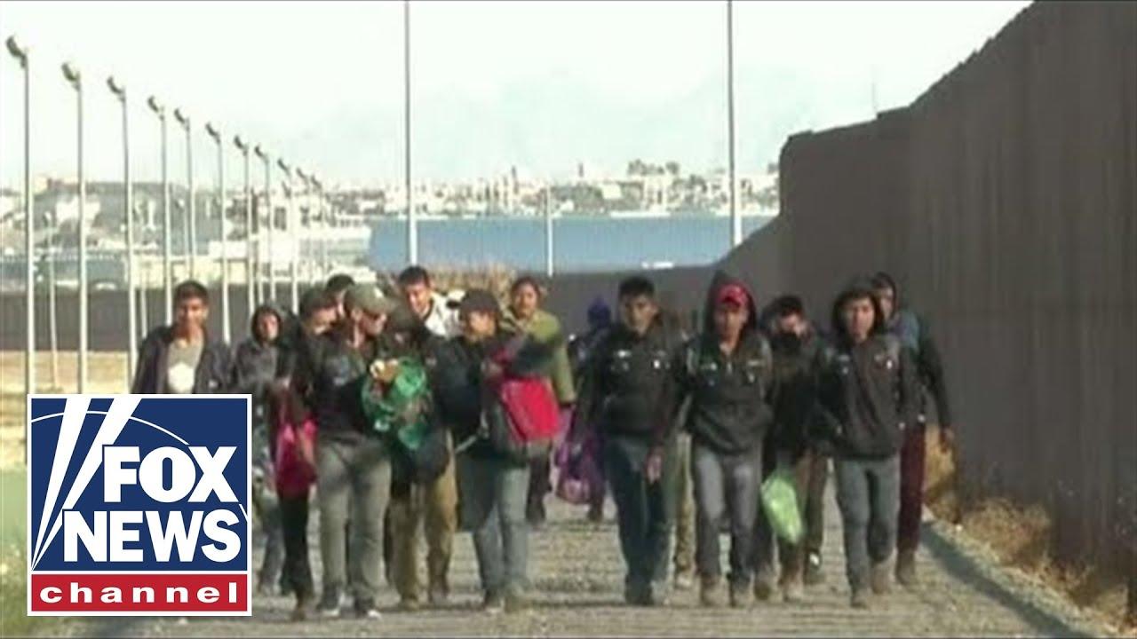 Secretary Nielsen tours overwhelmed El Paso border sector
