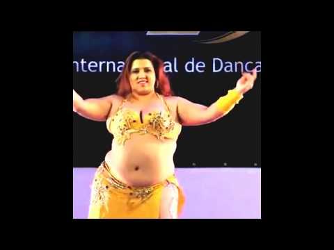 Dubai Desert Safari Belly Dance at fatty aunty thumbnail