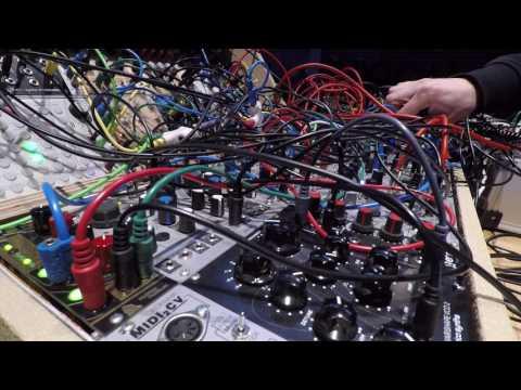 ekke- Helsinki Synthetic LIVE 290417