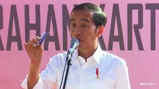 Penyerahan Kartu Indonesia Pintar dan Program Keluarga Harapan, Sukabumi