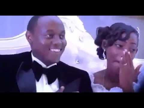 King James sings in wedding (Rwanda)