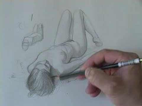 Drawing Tutorials Online.com How to Draw the Foreshortened Figure ...