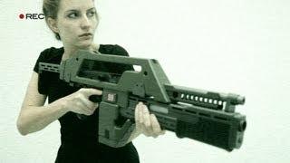 Taz invades an Alien craft with the Snow Wolf M41A1 AEG Alien Pulse Rifle (HD) - RWTV