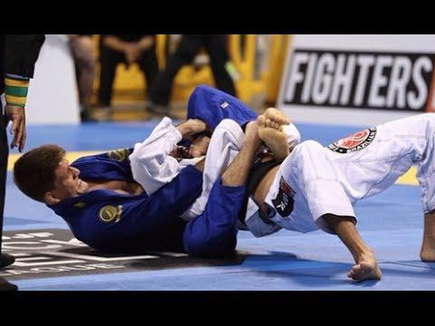 Rafael Mendes vs Mario Reis | IBJJF Worlds 2014 | Art of Jiu Jitsu Academy