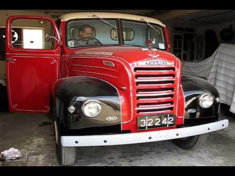 1950 5 tonner Fordson Thames ET6 with its original 30hp 3.622cc Ford V8 Sidevalve engine.