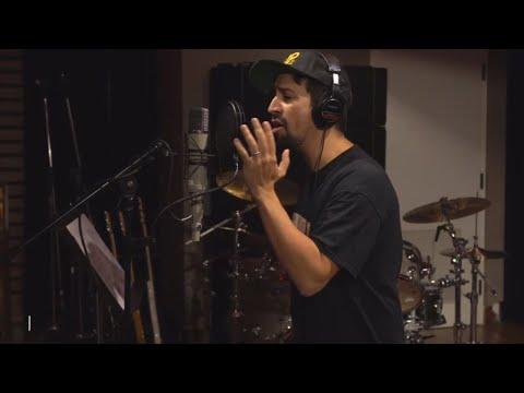 'Hamilton' Creator Lin-Manuel Miranda Writes Song for Puerto Rico Recovery