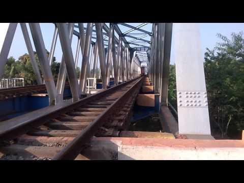 Hunting di Jembatan Cimanuk Jatibarang