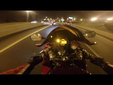 2005 zx10r and 2012 BMW S1000RR Highway Run
