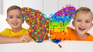 Niki juega y haz pop de chocolate  Video divertido para niños