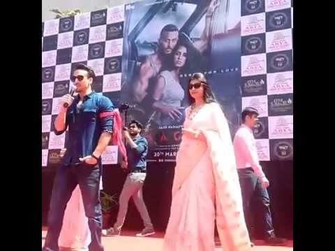 Disha & Tiger at arya institute of engineering and technology jaipur for baaghi 2 promotion