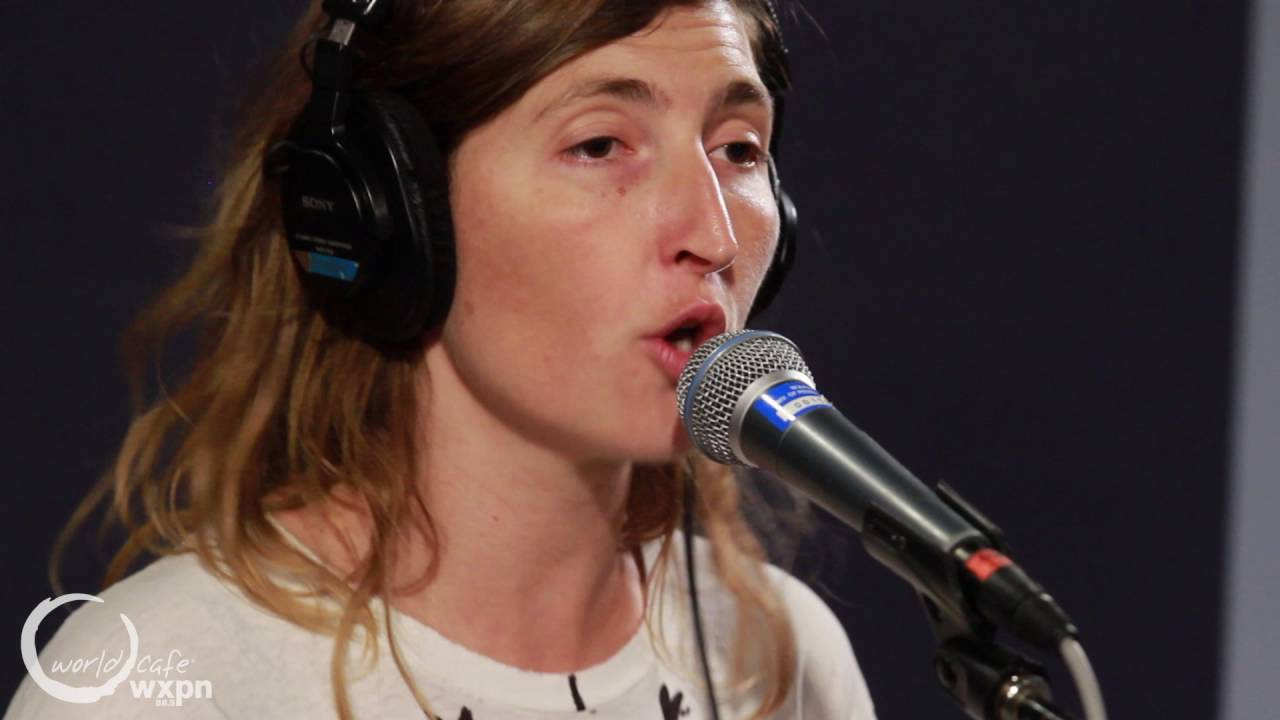 warpaint-new-song-recorded-live-for-world-cafe-world-cafe