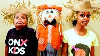 STRAW MAN vs Shiloh and Shasha! - Onyx Kids