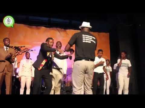 Rev Chivaviro Impromptu perfomance : EBENEZER, MHEPO INOPEREKEDZA, MARANATHA LIVE in Mutare #263Chat
