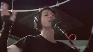 "Amanda Palmer: ""The Killing Type"" Live on Soundcheck"