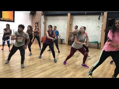 Govinda style- Husn hai suhana   Basic dance   Kishan Gupta   Bollyfit  
