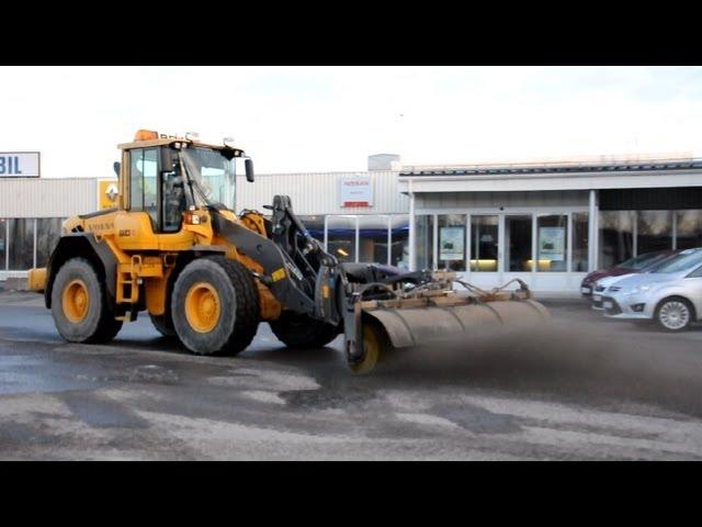 Volvo L70F - Holms Sopvals / Sweeper