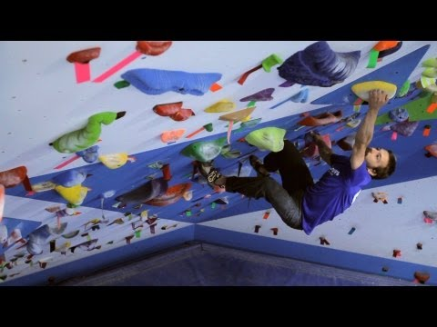 How to Dress for Indoor Climbing | Rock Climbing