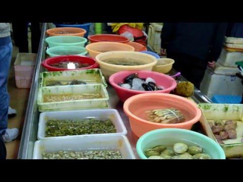 Shanghai's Fresh Food Market