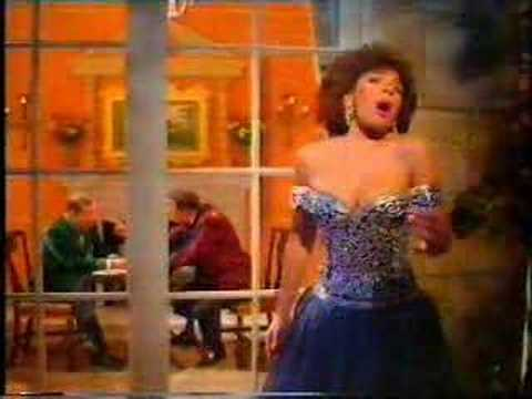Shirley Bassey - Bruce Forsyth Show - In The Still Of The Ni