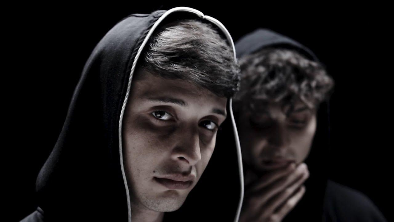 AYAX Y PROK - CUADERNO DE BITÁCORA (VIDEOCLIP)