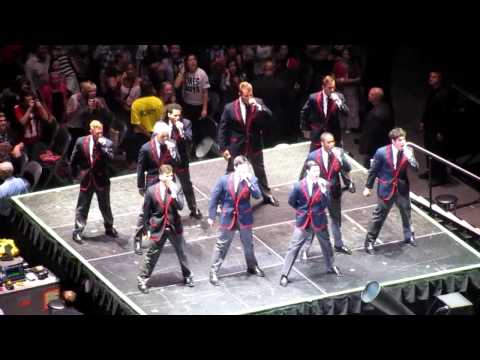 Glee Live in Toronto - Teenage Dream by the Warblers