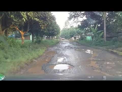 kondisi jalan rusak Sribhawono terpandi sumberhadi melinting Lampung Timur