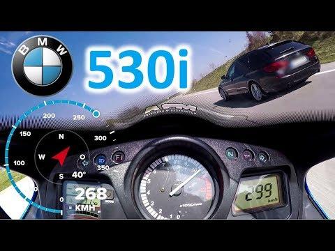 BMW 530i (G30) overtaken by HONDA CBR1100XX SUPER BLACKBIRD
