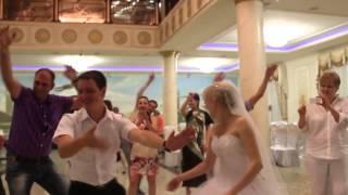 Ведущая на свадьбу и юбилей (тамада)