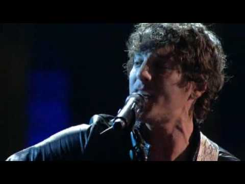 Lopez Tonight - '' Keep On Loving You '' - Steel Magnolia - Live HD