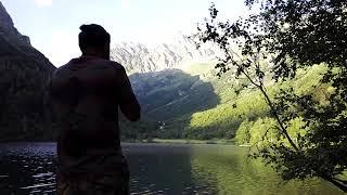Озеро и окарина.
