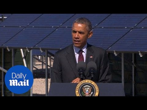 Obama announces expansion of solar energy training programs - Daily Mail