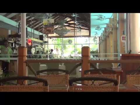 Honiara Hotel poolside