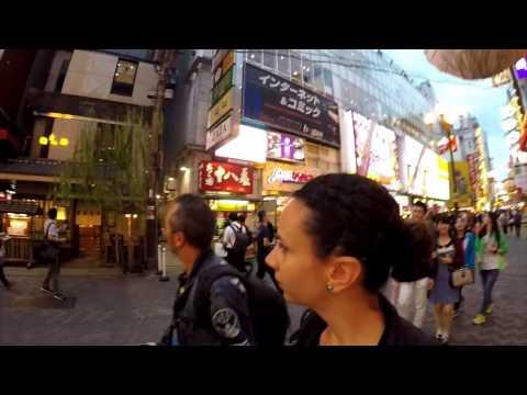 Osaka le folli insegne di Dotonbori -  Vlog dal Giappone #8
