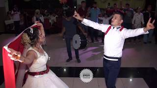 Süper Çift İzleyenleri Ayağa Kaldırdı 👏 Türk Bayrağıyla Ortada Muhteşem 2018 Düğünü