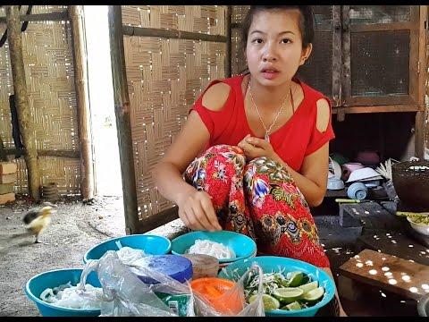สูตรน้ำเงี้ยวไทใหญ่เชียงตุง กับครอบครัวน้องบัวแก้ว Tai Yai noodles with spicy pork sauce