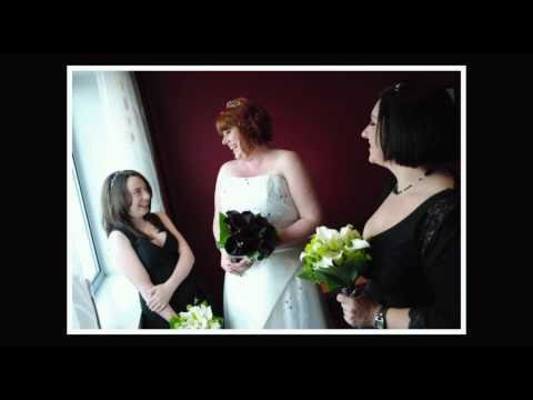 Liverpool wedding photography at the Radisson Hotel - by Liverpool wedding photographer