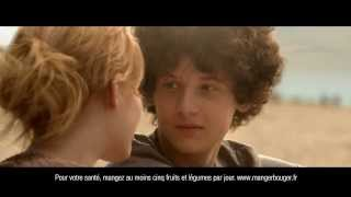 Fin pub YOP le baiser : Girl power