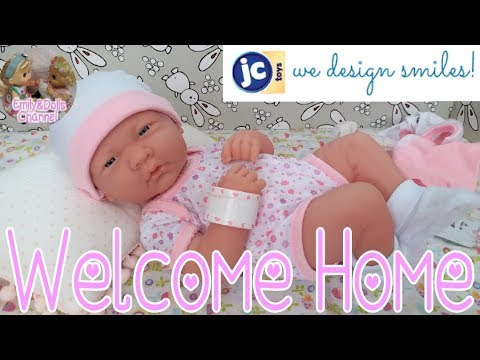JC Toys La Newborn Baby Girl Doll Unboxing + Review + Changing Clothes🎁Super Adorable & Realistic😍
