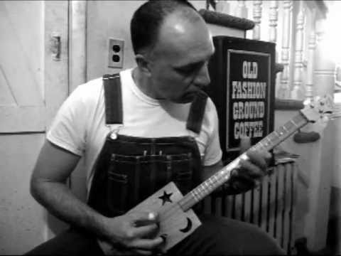How To Play 3 String Cigar Box Guitar Moveable Chords Fretless Cd