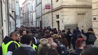 Les lycéens rue de Beaulieu