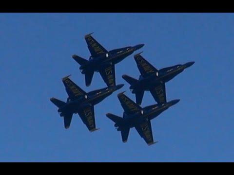 Amazing Display BLUE ANGELS at San Francisco Fleet Week